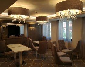Hotel Paloma - svítidla, elektroinstalační materiál