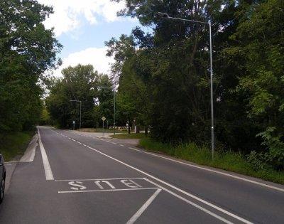 Nebušická ulice v Praze - veřejné osvětlení